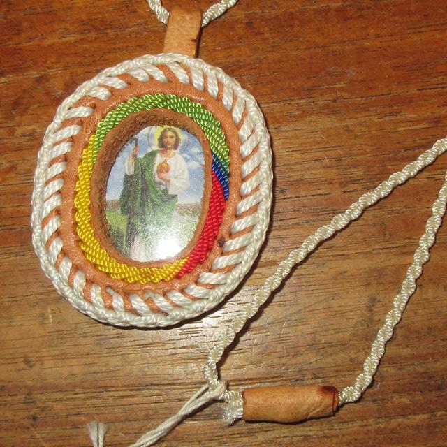 画像1: USED キリスト レザー使い スーベニア ネックレス ペンダント / 160721