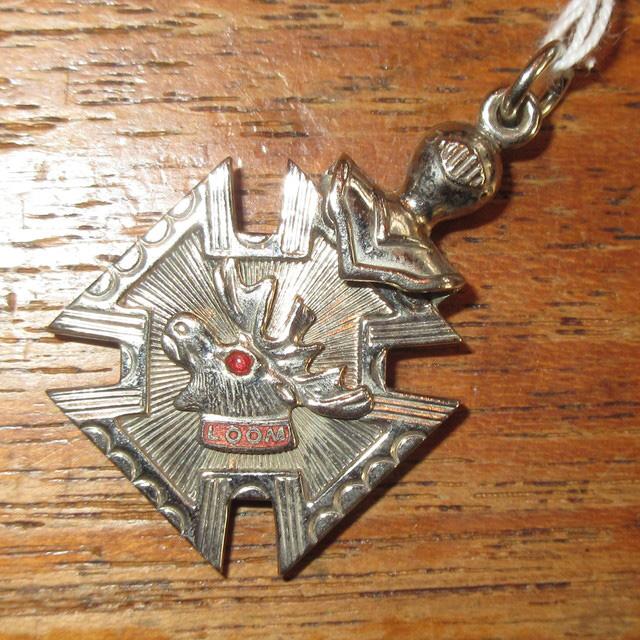 画像1: アンティーク ORDER OF MOOSE 友愛団体 エンブレム テンプル騎士団 フリーメイソン ペンダントトップ SIL2 / 151112