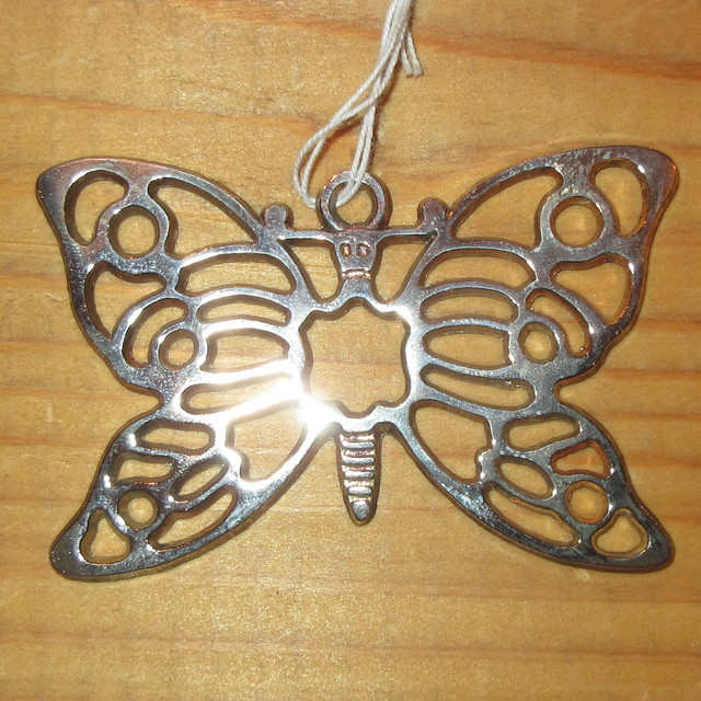 画像1: アンティーク シルバー ペンダントトップ BUTTERFLY 蝶々 / 191104 (1)